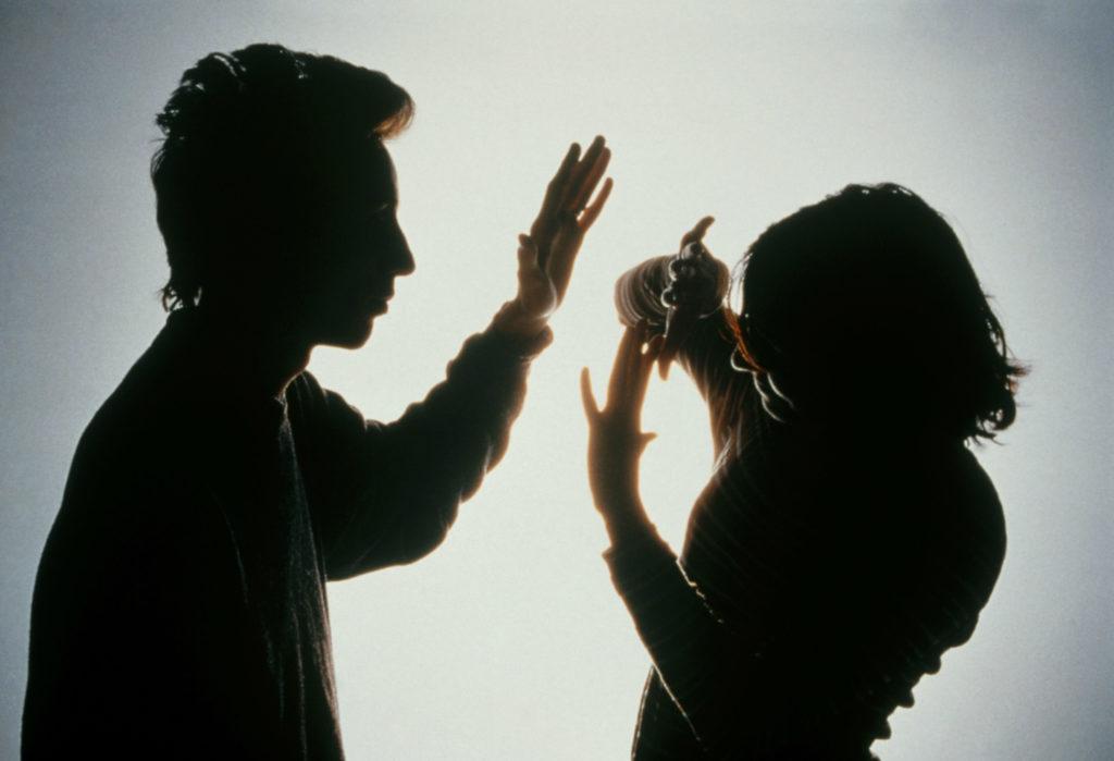 Αλγερινός στον Βόλο κατηγορείται ότι χτύπησε στο κεφάλι τη Βουλγάρα σύζυγό του