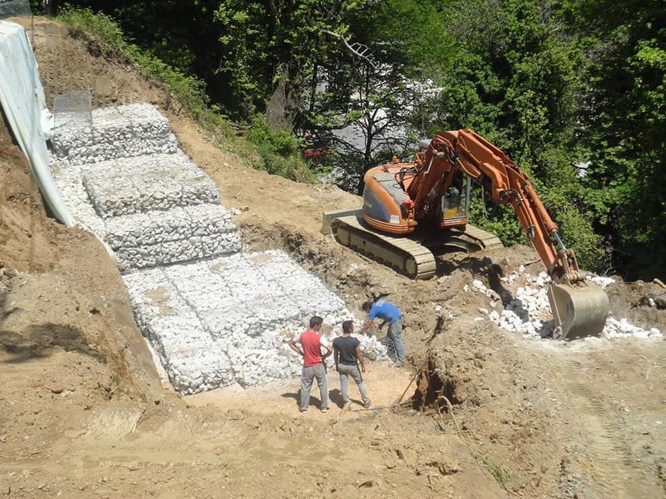 Στη συντήρηση και βελτίωση του δρόμου από Γέφυρα Αχελώου έως Αρματωλικό προχωρά η Περιφέρεια Θεσσαλίας