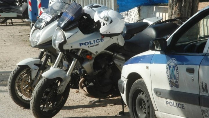 Ξυλοκόπησαν αστυνομικό επειδή πάτησε την κόρνα