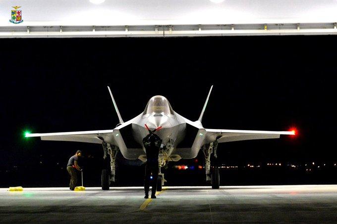Θα δούμε αμερικανικά F-35A μόνιμα σταθμευμένα στη Λάρισα;