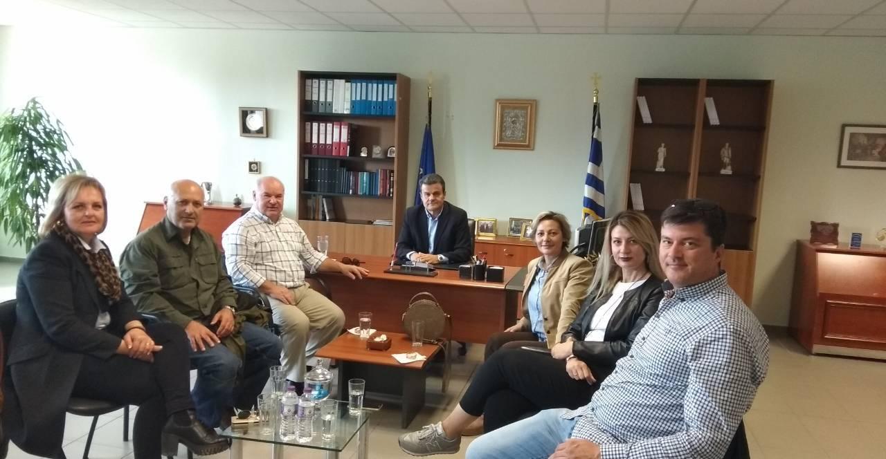 Συνάντηση του Αντιπεριφερειάρχη Π.Ε. Λάρισας με το Δ.Σ. του σωματείου Πρατηρίων Υγρών Καυσίμων – Πλυντηρίων Νομού Λάρισας