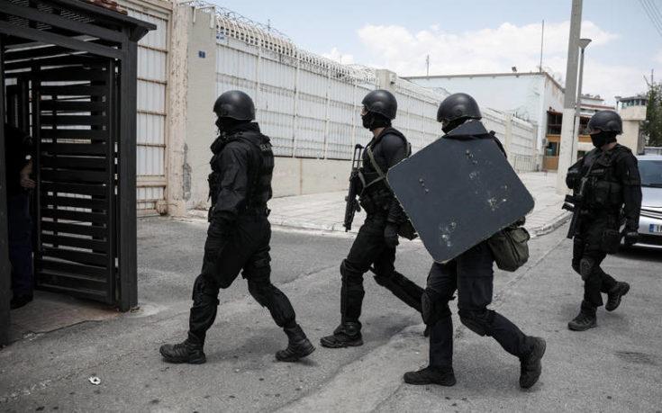 Νέα έρευνα σε κελιά στον Κορυδαλλό: Βρέθηκαν ναρκωτικά, μαχαίρι και κινητά τηλέφωνα