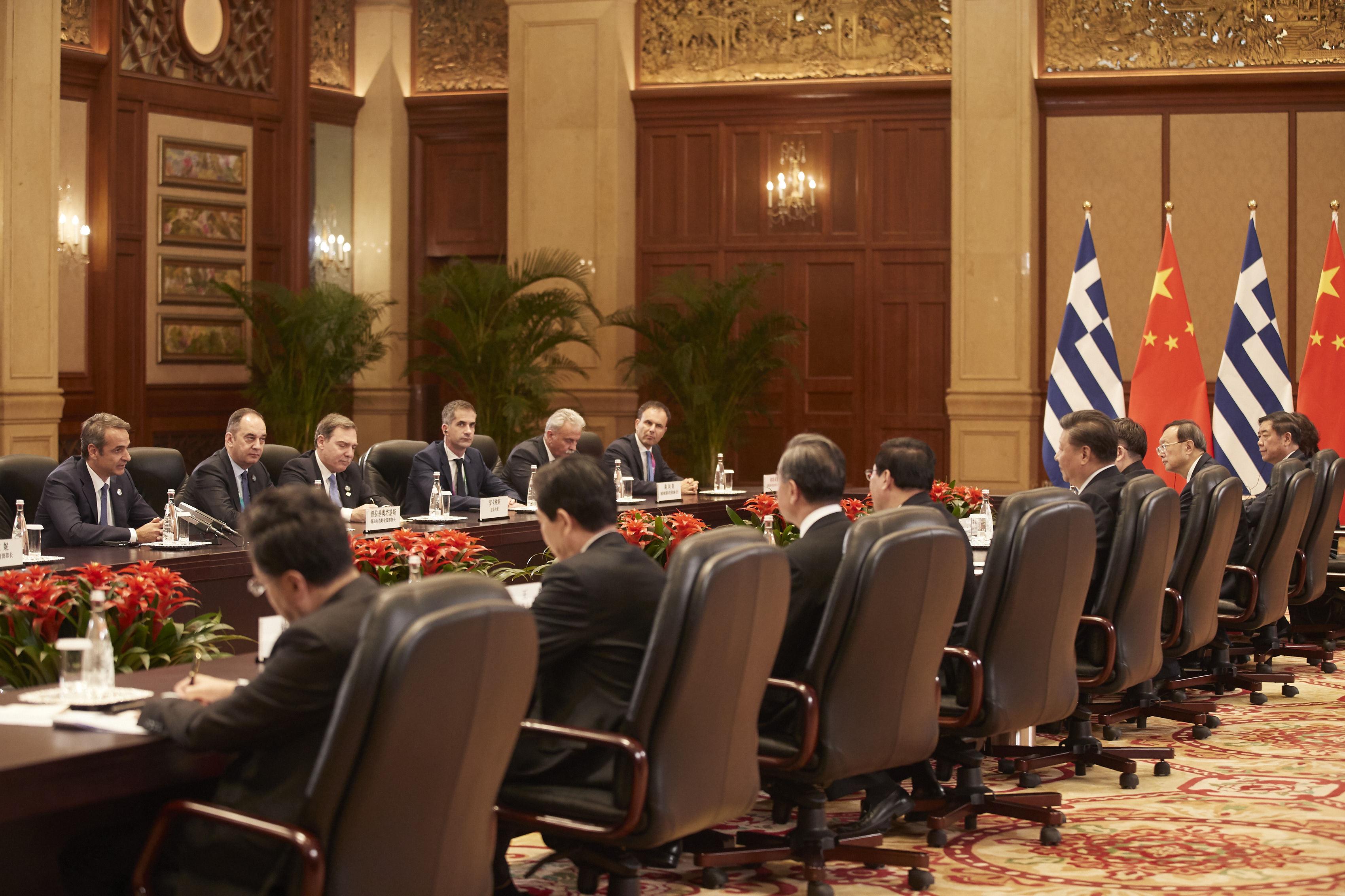 Συνάντηση Κυρ. Μητσοτάκη-Σι Τζινπίνγκ: Η κυβέρνηση είναι αποφασισμένη να προσελκύσει ξένα κεφαλαία