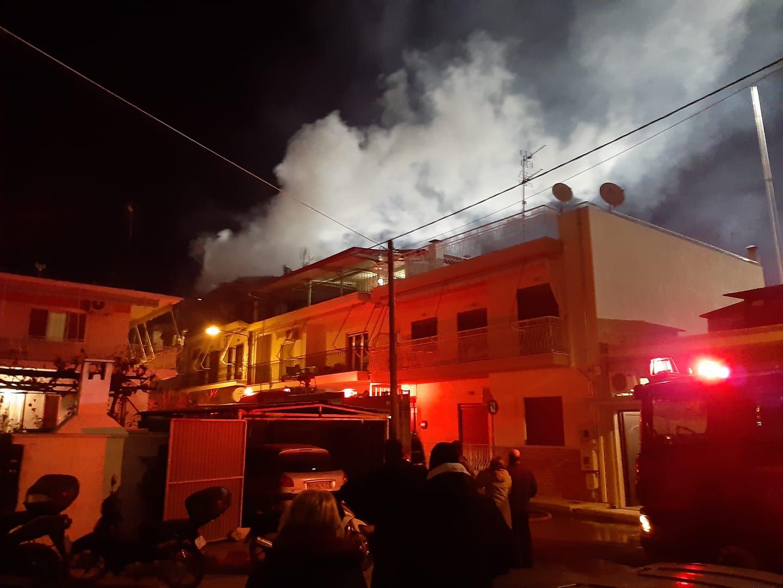 Κάηκε ολοσχερώς η κατοικία που τυλίχθηκε στις φλόγες χθες στη Νέα Ιωνία
