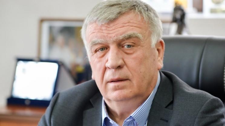 Τη σύμβαση για την αποκατάσταση ζημιών οδικών υποδομών στους οικισμούς Αχιλλείου, Λοφίσκου και Μέλισσας υπέγραψε ο δήμαρχος Κιλελέρ Θανάσης Νασιακόπουλος