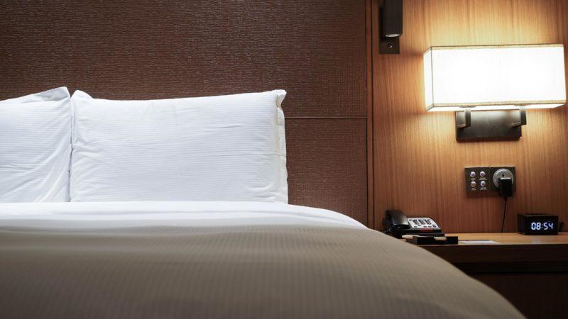 Αυτά τα τέσσερα πράγματα δεν πρέπει να τα αγγίξεις ποτέ σε ένα ξενοδοχείο – Είναι πιο σιχαμερά από ό,τι φαντάζεσαι