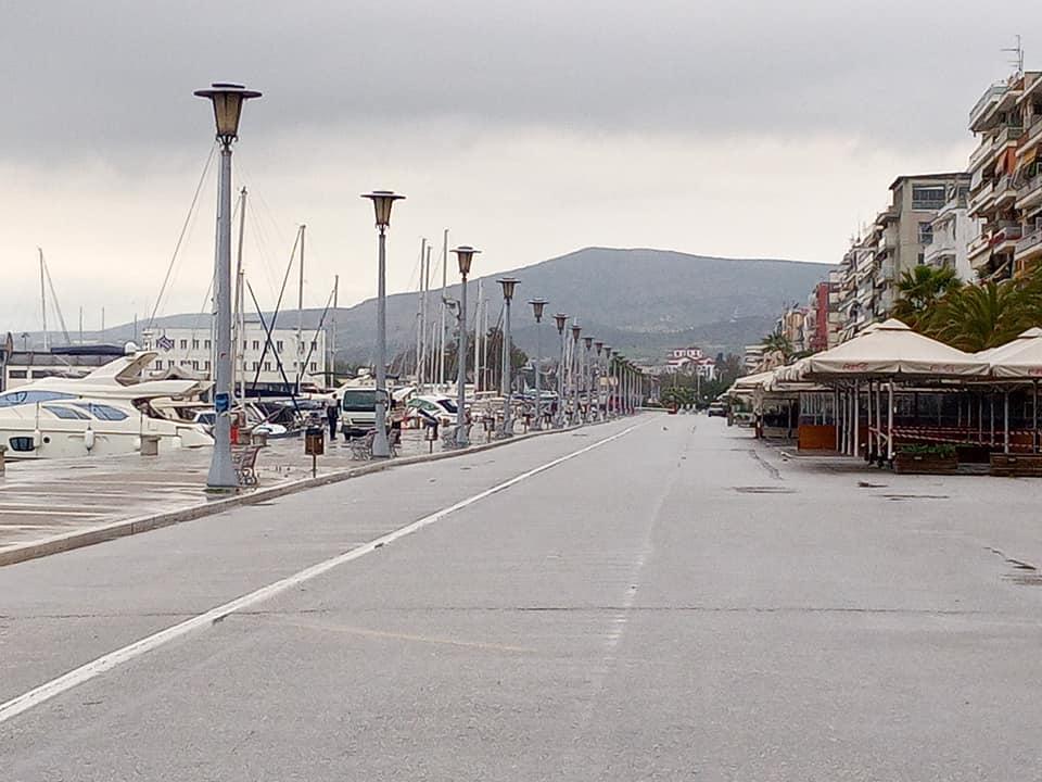 Δικυκλιστής παρέσυρε κοριτσάκι στην παραλία του Βόλου