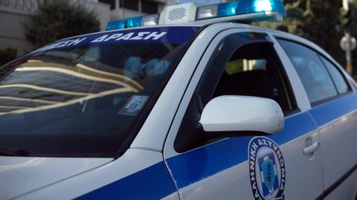 Άνδρας άνοιξε πυρ έξω από καφενείο - Δύο σοβαρά τραυματίες