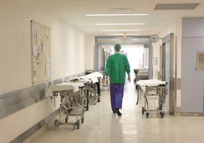 Λάρισα: Επικίνδυνες καταστάσεις για Λαρισαίους - Αρρωσταίνουν από άλλα νοσήματα και φοβούνται να μεταβούν στα νοσοκομεία
