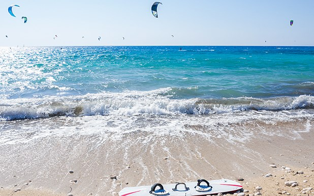 Λάρισα: Το Kite Surf ανεβαίνει στην προτίμηση των νέων (βίντεο)