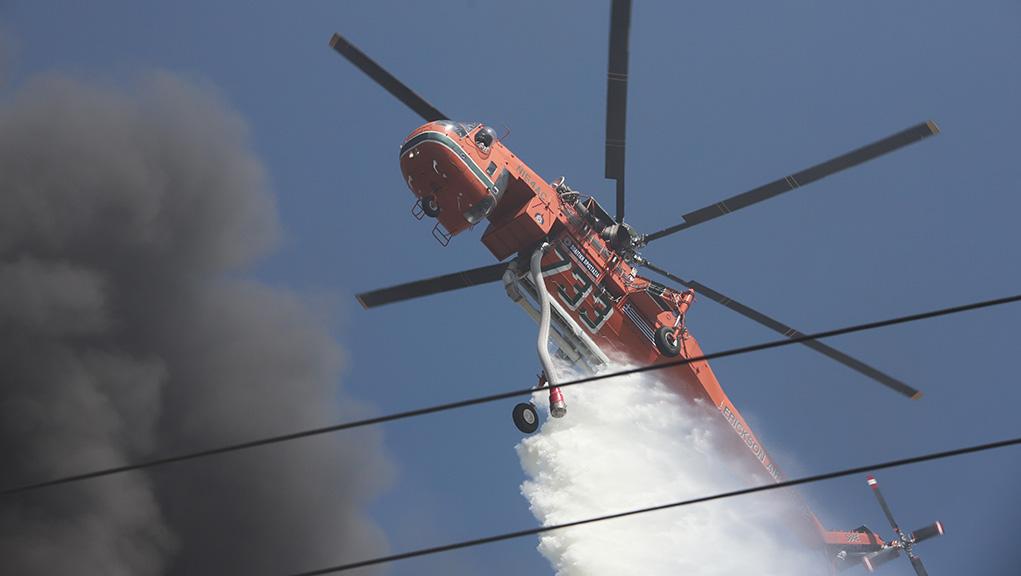 Πυρκαγιά σε χαμηλή βλάστηση στην Ανάβυσσο
