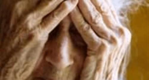 ΑΠΑΤΕΩΝΕΣ ΑΡΠΑΞΑΝ ΧΡΗΜΑΤΑ ΑΠΟ ΗΛΙΚΙΩΜΕΝΗ ΓΥΝΑΙΚΑ ΣΤΗΝ ΚΑΛΛΙΠΕΥΚΗ