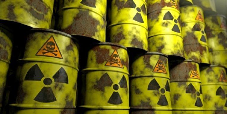 """La """"sporcizia"""" nucleare da mettere sotto il tappeto"""