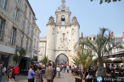 Location La Rochelle Jolis studios 23 personnes  centre ville vieux port