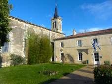 La-Ronde-marie-poste-église-75-xb