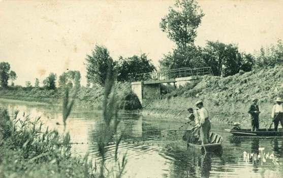 La-Ronde-14592-peche-filet-au-Mignon-carte-postale-1937