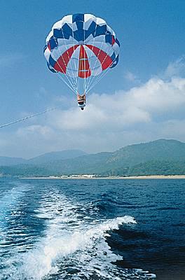 Encyclop 233 Die Larousse En Ligne Parachutisme Ascensionnel