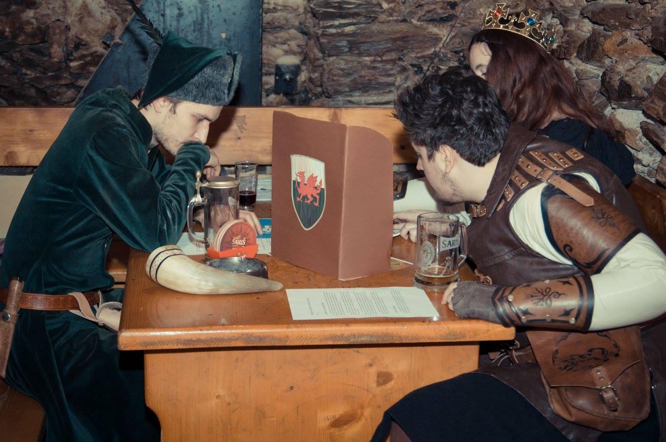 Game of Kings - Hra na hranici medzi larpovou a stolovou hrou