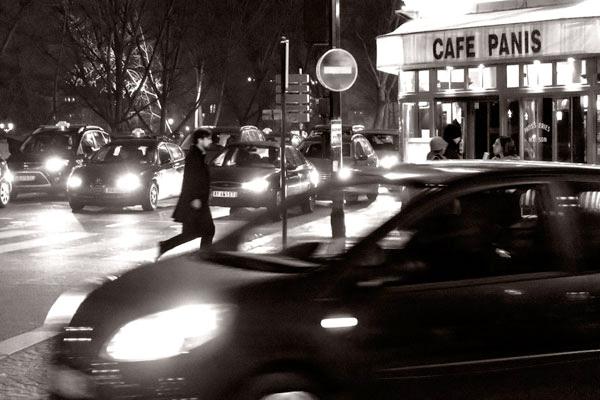 POTD: Pedestrian Paris