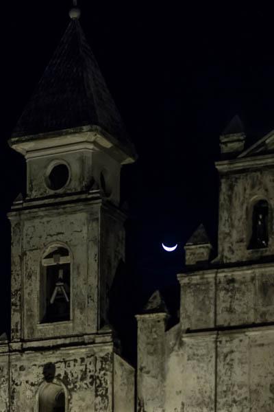 POTD: Gondola Moon