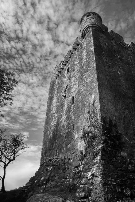 POTD: Moy Castle