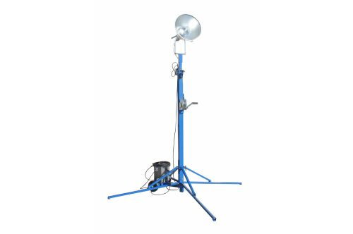 small resolution of portable light tower 1000 watt metal halide covers 23 000 sf extends to 14 feet