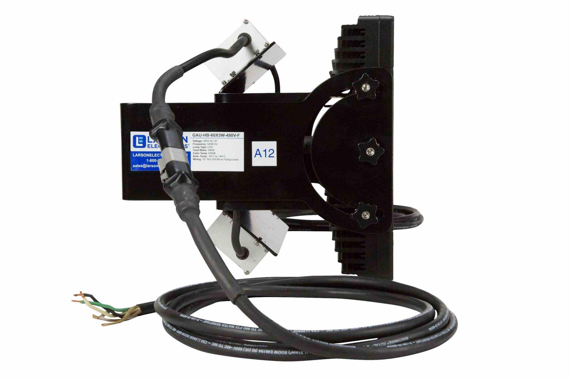 hight resolution of hi res image 4 300 watt led crane rough service fixture back