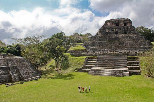xunantunich-maya-ruins-in-san-ignacio-belize