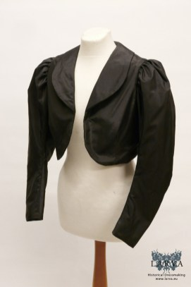 victorian-silk_jacket_black_front