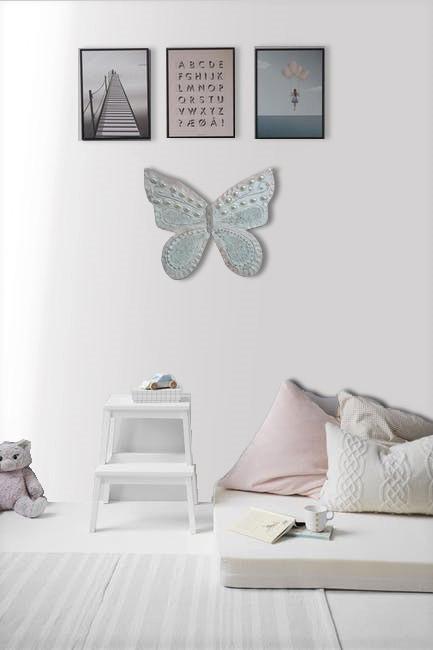 beyaz kelebek duvar panosu