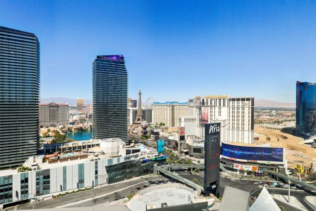 Veer-Towers-Condos-For-Sale-Bellago-Fountain-Views