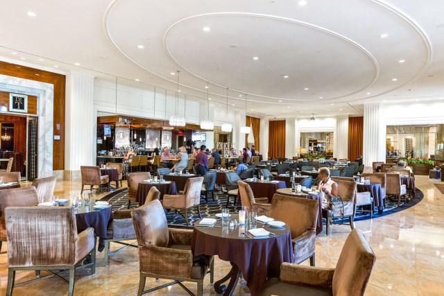 Trump=Las-Vegas-Hotel-Condos-DJT-Dining-lobby