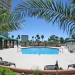 regency-towers-vegas-condos-pool