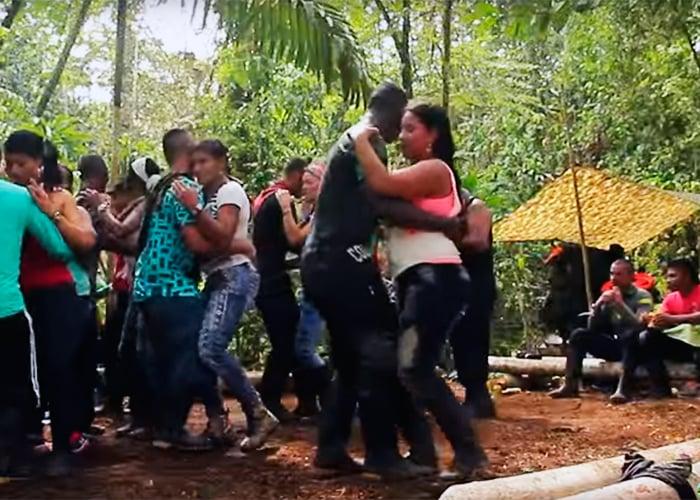 La fiesta de fin de año de las FARC en el monte