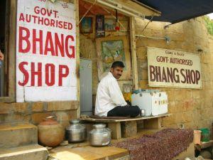 Tienda de Bhang en la India