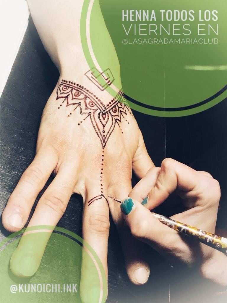 Tatuajes de henna, un arte milenario en La Sagrada Maria Club