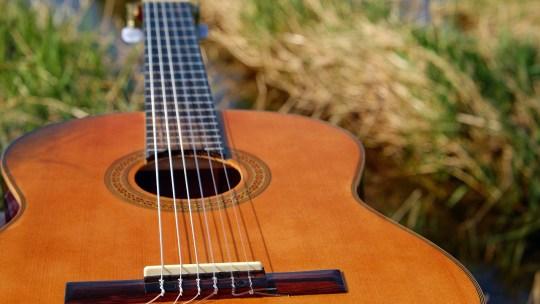 5 conseils pour acheter votre toute première guitare !