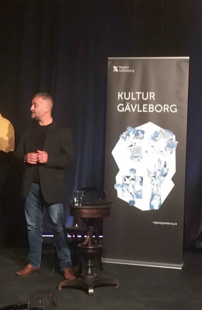 Bagir Kwiek under föreläsning hos Kultur Gävleborg, Region Gävleborg.