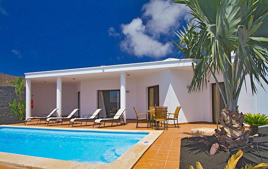 case moderne con due camere da letto e piscina privata in una localit vicino a playa with case moderne con piscina