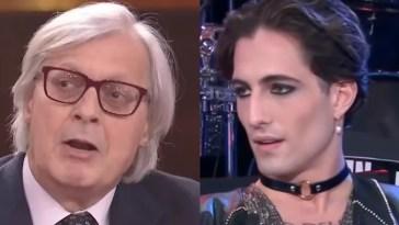 """Vittorio Sgarbi: """"Maneskin? Si parla solo di cosa indossano"""""""