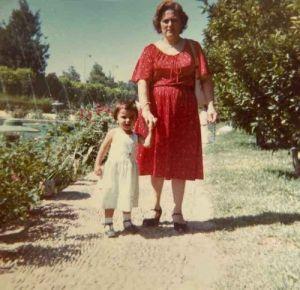 Mi morena recuerdos de niñez Alhambra con mamá