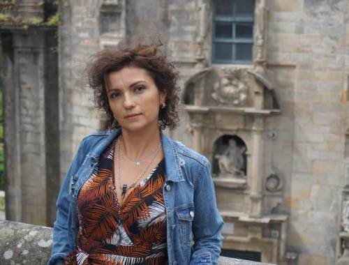 Mi morena en el poema Resurgí de las cenizas, cuál ave fénix- cabecera