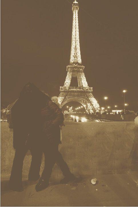 Mi morena El hilo imaginario de ilusión Torre Eiffel París