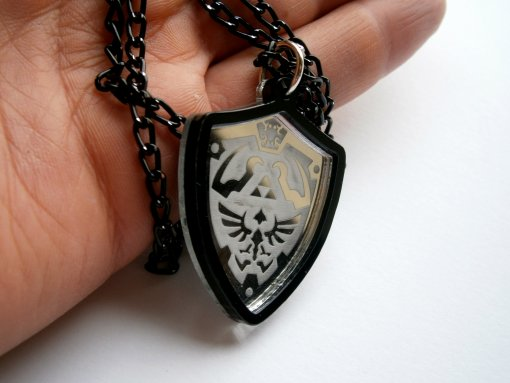 Legend of Zelda Necklace - Ocarina of Time Hylian Shield Cosplay Prop