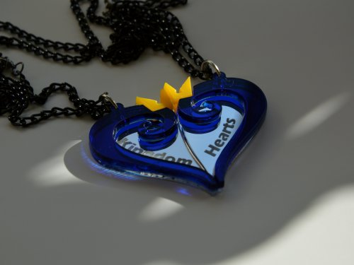 Kingdom Hears necklace best friends