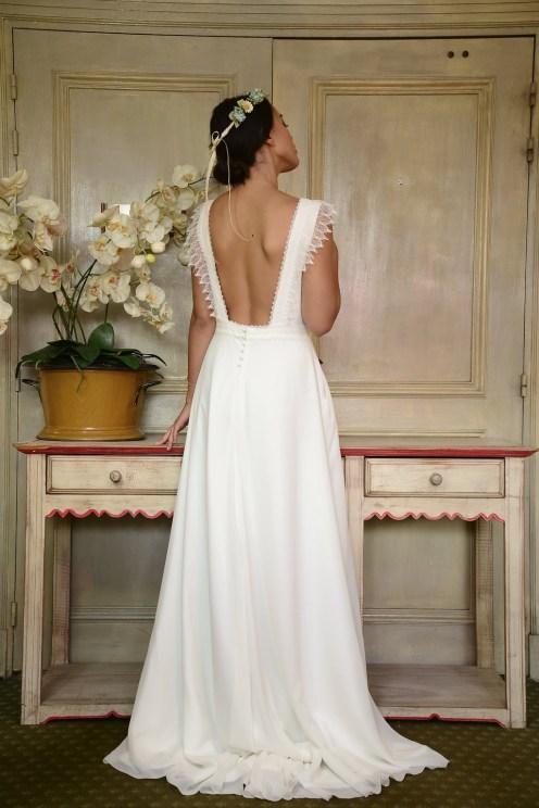 robe-de-mariee-organse-blog-mariage-lasoeurdelamariee-dentelle-dos-nu-isia