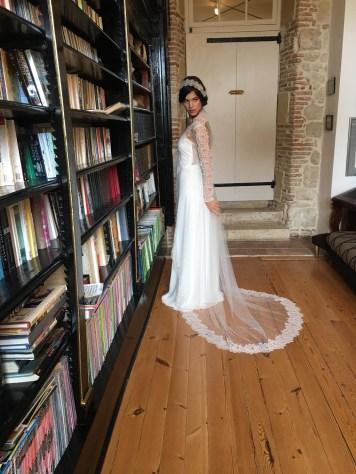 manteau-tulle-robe-de-mariee-Elsa-Gary-Collection-2018-la-soeur-de-la-mariee-blog-mariage