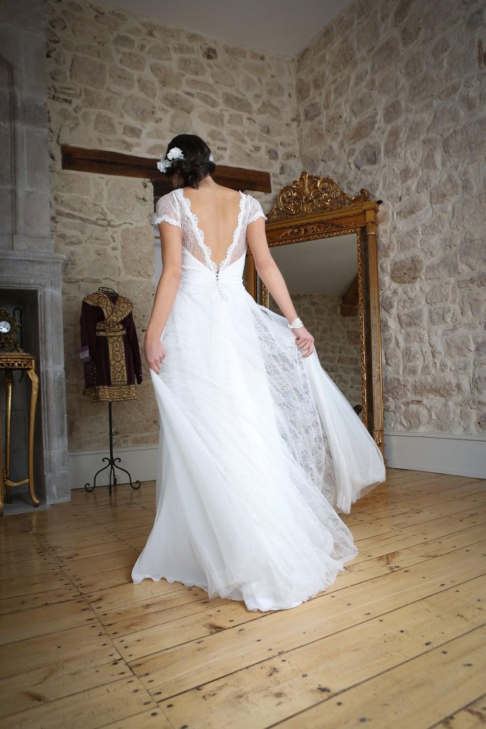 pierre-de-lune-dos-robe-de-mariee-Elsa-Gary-Collection-2018-la-soeur-de-la-mariee-blog-mariage