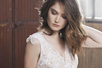 FABIENNE-ALAGAMA-robe-de-mariee-sur-mesure-Santorin-la-soeur-de-la-mariee-blog-mariage