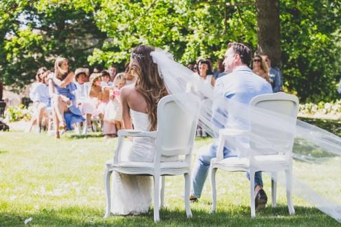Envol du voile de la mariée